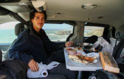 repas dans le vehicule