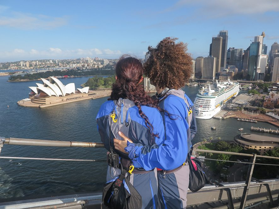 Vue pendant l'ascension du Sydney Harbour Bridge