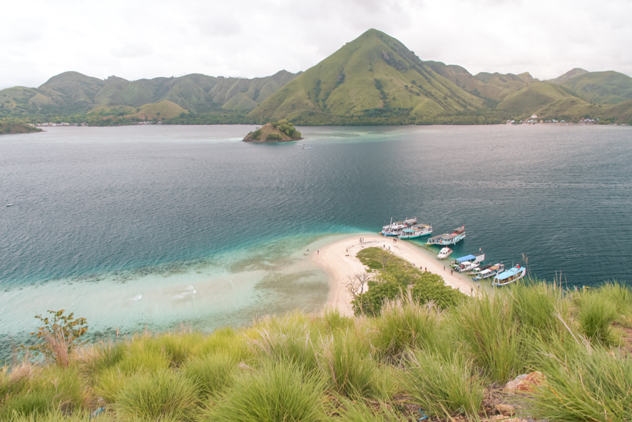 Make sure your tour stops a Kelor island when visiting Komodo
